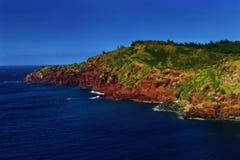 поплавайте вдоль побережья утесистое Стоковое фото RF