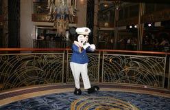 Популярная мышь Mickey персонажа из мультфильма Стоковые Изображения