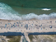 Популярные пляж трески накидки и антенна океана Стоковая Фотография