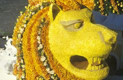 Поплавок в параде Rose Bowl, Пасадина льва, Калифорния Стоковое Изображение