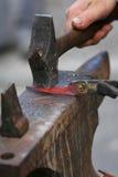 поражать металла Стоковые Изображения