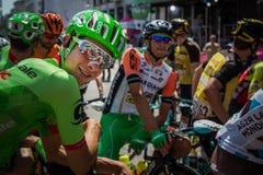 Порденоне, Италия 27-ое мая 2017: Davide Formolo, команда Cannondale, усмехаясь в группе перед стартом Стоковые Изображения