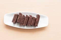Пористый шоколад на плите Стоковые Изображения
