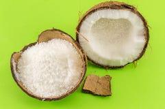 Порошок кокоса и свежий кокос Стоковые Фотографии RF
