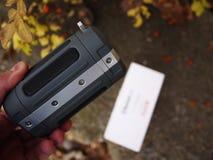 Портативный диктор Bluetooth установленный на велосипеде, для слушать муз стоковые изображения rf