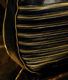 портмоне черного золота кожаное стоковые фотографии rf