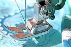 Портной инструмента на голубой ткани Стоковые Изображения RF