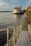 Портовый район и река Уилмингтона NC идут, река страха накидки Стоковая Фотография RF