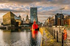 Портовый район Ливерпуля на заходе солнца Стоковое Изображение RF