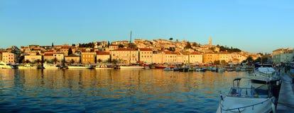 Портовый район Мали Losinj и гавань, остров, Далмация, Хорватия стоковое изображение rf