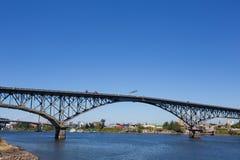 Портовый район Портленд Орегон моста острова Ross южный Стоковые Изображения RF