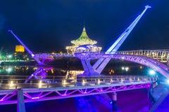 Портовый район Kuching моста Darul Ганы Стоковые Изображения