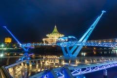 Портовый район Kuching моста Darul Ганы Стоковые Фото