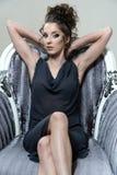Портрет дамы очарования в роскошном платье Стоковое фото RF