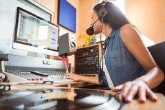 Портрет аудио студента университета смешивая Стоковое Фото