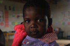 Портрет африканской девушки, друзья в Свазиленде, Африке Стоковое Изображение RF