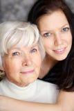 портрет бабушки внучки Стоковое фото RF