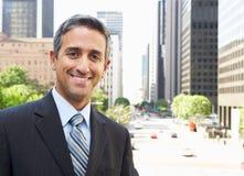Портрет бизнесмена вне офиса Стоковое фото RF