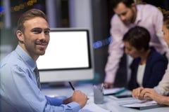 Портрет бизнесмена в конференц-зале Стоковые Фото