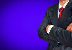 Портрет бизнесмена в костюме с красной связью Стоковое фото RF