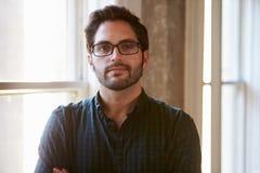 Портрет бизнесмена в офисе Стоковые Изображения RF