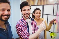 Портрет бизнесменов на творческом офисе Стоковые Фото