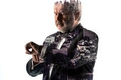 Портрет бородатого бизнесмена Город двойной экспозиции на предпосылке Стоковые Изображения RF