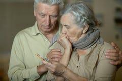 Портрет больных старших пар Стоковые Изображения