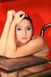 портрет близкой весьма стороны боковой модельный вверх по вертикали Стоковая Фотография RF