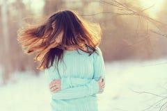 Портрет весны девушки снаружи Стоковое Фото