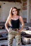 Портрет воинской девушки стоковая фотография rf
