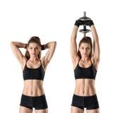 Портрет выреза мышечной молодой женщины делая тренировки на руке muscles - трицепс Стоковые Фотографии RF