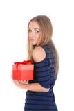 Портрет девушки давая и получая принципиальную схему подарка Стоковые Изображения