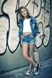 портрет девушки напольный стоковые фотографии rf