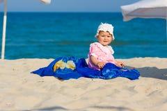 портрет девушки пляжа младенца Стоковые Фото