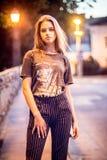 портрет девушки предназначенный для подростков стоковое фото