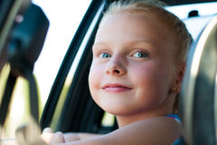 Портрет девушки в автомобиле Стоковые Изображения RF