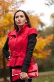 Портрет девушки в парке Стоковые Фотографии RF