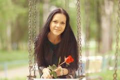 Портрет девушки в парке Стоковые Фото