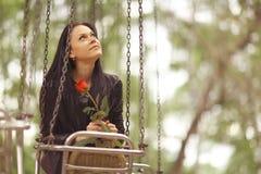 Портрет девушки в парке Стоковое Фото