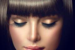 Портрет девушки красоты Профессиональный состав, длинные ресницы стоковая фотография rf