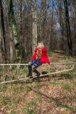 Портрет девушки на прогулке Стоковое Изображение
