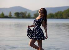 Портрет девушки около воды Стоковая Фотография RF