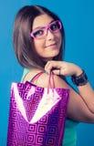 Портрет девушки покупок моды Стоковое Изображение RF