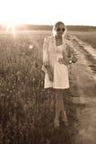 Портрет девушки против городского пейзажа Стоковое фото RF