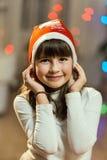 Портрет девушки ребенк во времени рождества Стоковая Фотография RF