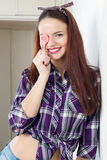 Портрет девушки с леденцом на палочке Стоковое Изображение RF