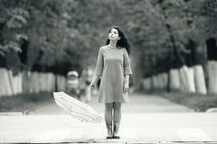 Портрет девушки с зонтиком Стоковые Фото