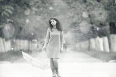 Портрет девушки с зонтиком Стоковая Фотография