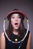 Портрет девушки с ракеткой тенниса Стоковое Изображение RF